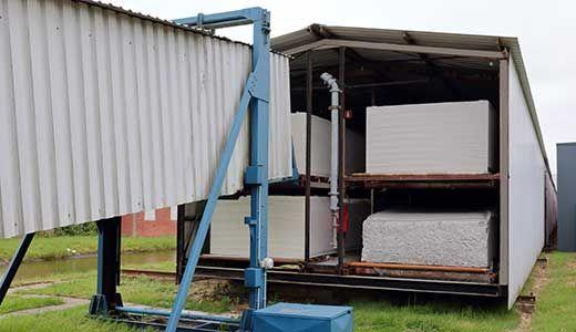 Het regaal van schuimfabriek Avek Foam